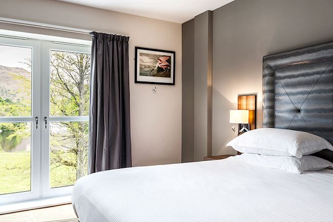 Stunning Lake Views from the Lake View Suite Bed at Daffodil Hotel